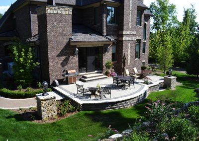Patio & pillars – Bloomfield, MI